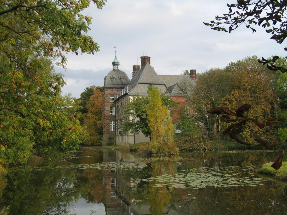EGHN – Hovestadt Castle Park